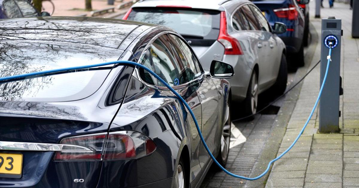 De Argumenten Voor En Tegen Belastingvoordelen Op Elektrische Auto S